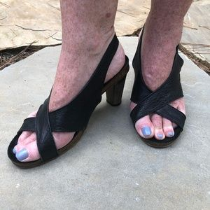 Vintage Italian Minimalist Leather Heels 7